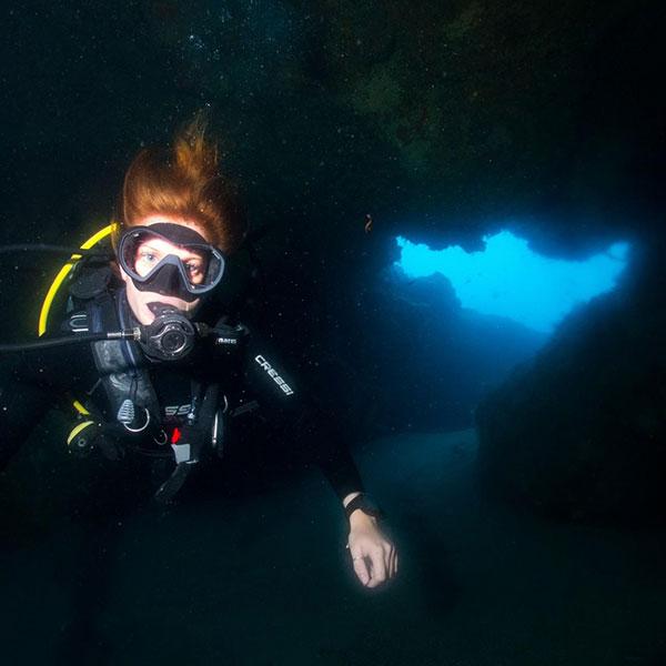 Fun diving lanzarote | Diving in Lanzarote with the best dive centre Manta Diving Lanzarote